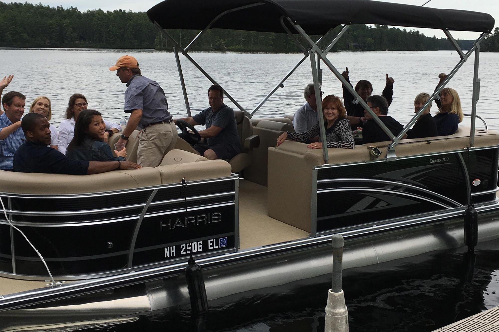 ponton-boat